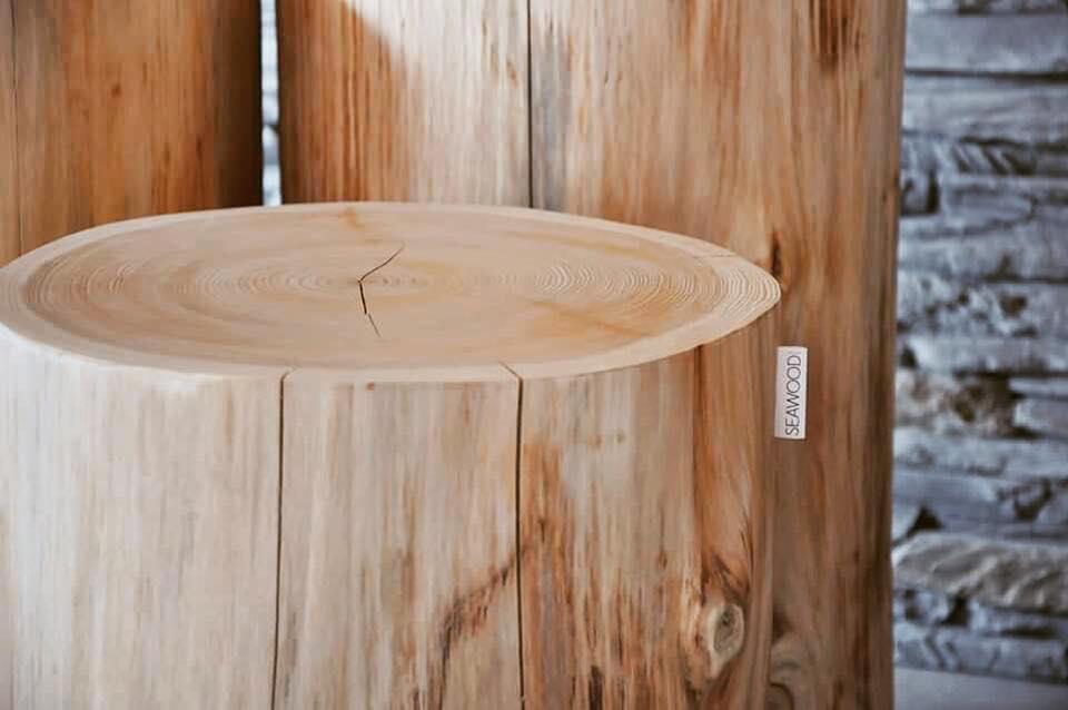 table bout de canap en tronc d 39 arbre bois brut from breizh. Black Bedroom Furniture Sets. Home Design Ideas