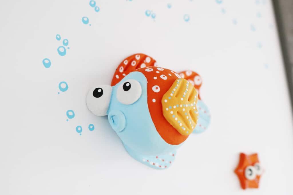 lamissemoi-heureux-poisson-gris-detail2-frombreizh
